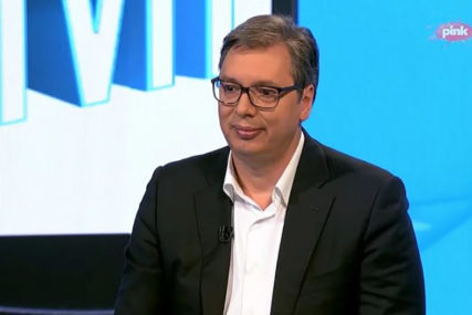 """SA BANDOM JE GOTOVO"" Vučić pokazao fotografije zločina kriminalne grupe Velje Nevolje"