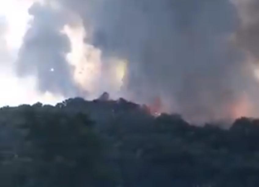 EKSPLOZIJA U FABRICI VATROMETA Oblak dima iznad objekta u kojem se nalazilo 200 ljudi (VIDEO)