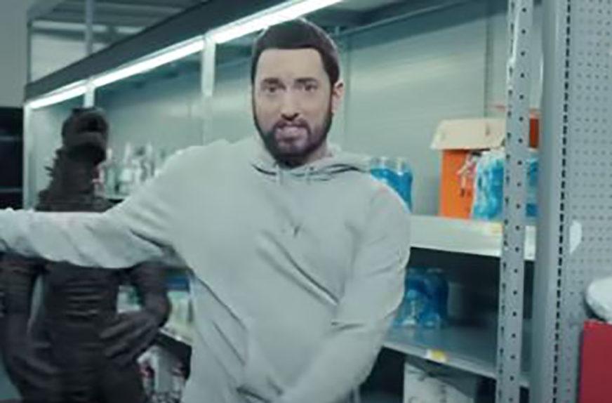 REPER UPUTIO OŠTRU KRITIKU Eminem poslao JASNU PORUKU za one koji ne nose maske