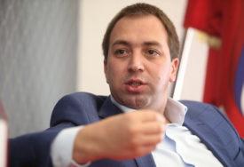 """""""REPUBLIKA SRPSKA, IME KOJIM SE PONOSIMO"""" Selak poručuje da današnji dan služi kao ponos"""