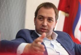 """""""UVREDE SU POKAZATELJ NEMOĆI"""" Selak o Đokićevoj reakciji na prelazak Škrebića u SPS"""