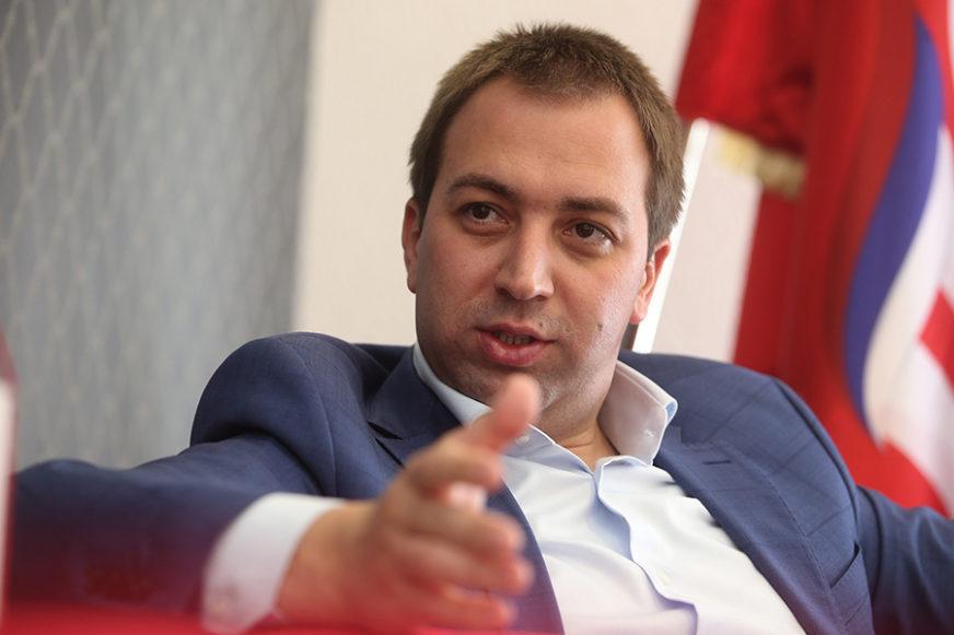 OŠTRA OSUDA SPS Selak: Politička agresija Sarajeva prema Crnoj Gori