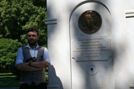 OD SMRTI SPASLA 10.000 DJECE Medaljon i česma u čast Diane Budisavljević