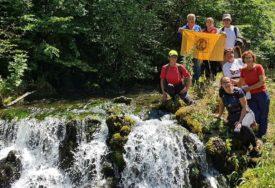 IZLET Planinari iz Kozarske Dubice posjetili krajiške PRIRODNE LJEPOTE