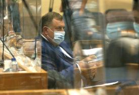 """DODIK ODGOVORIO VUKANOVIĆU """"Nezavisnost Srpske nije pogubna priča"""""""