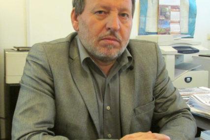 """""""IZA SVEGA INTERESI UTICAJNIH SFERA""""  Cvjetinović ocjenjuje da odluka CIK za Srebrenicu nema veze s pravom"""