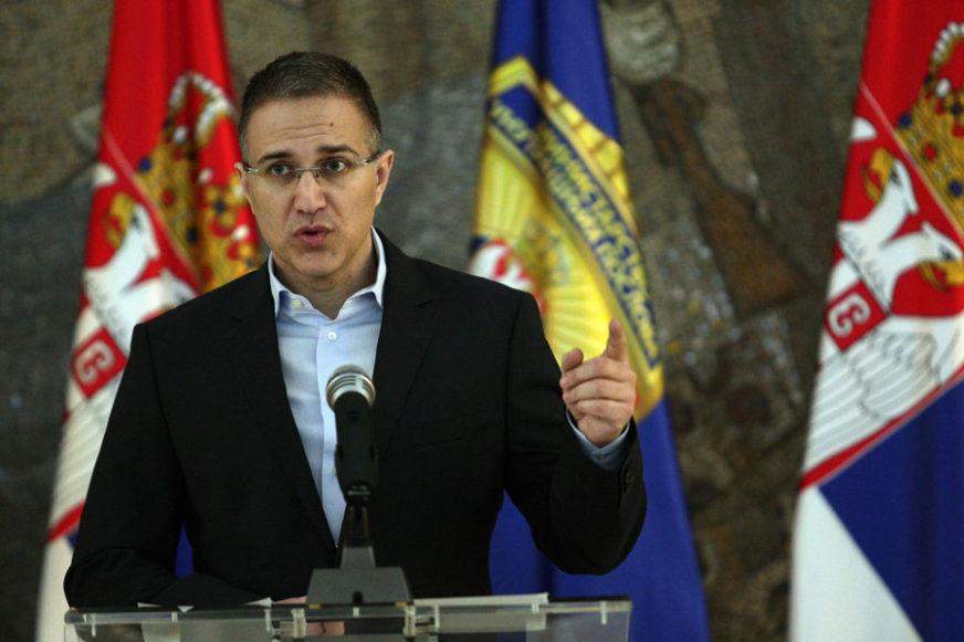 Stefanović: Oni koji su pozvali na okupljanje ORGANIZOVALI SU BATINAŠE