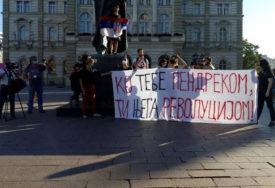 I DANAS NA ULICAMA Protest u Novom Sadu počeo minutom ćutanja za žrtve korone