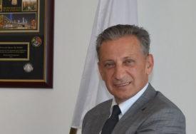 MEHMEDAGIĆ OSTAJE BEZ PRISTUPA TAJNIM PODACIMA Ministarstvo bezbjednosti dodatno provjerava direktora OBA