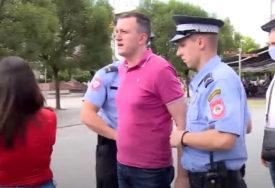 """Advokat Malešević: Uhapšeni aktivisti """"Pravde za Davida"""" ODVEDENI u Centar za obuku MUP RS"""