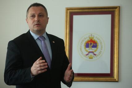 """""""Zaštitimo sebe i druge"""" Petričević poručuje da ljetni period treba maksimalno iskoristiti za vakcinaciju"""