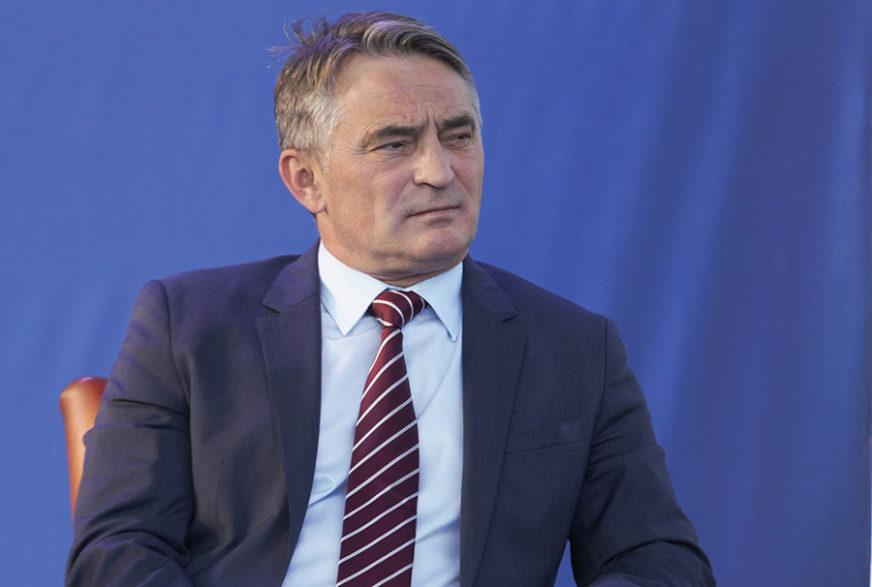 """KOMŠIĆ PORUČIO DODIKU """"Shvatam emocije naroda, ali političari znaju da je Kosovo činjenica"""""""