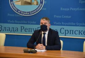 """""""JOŠ NE PLANIRAMO ZATVARANJE ŠKOLA"""" Šeranić poručio da su nove mjere NEOPHODNE"""