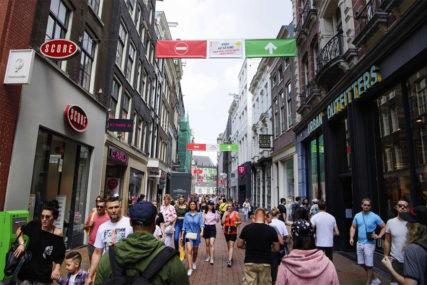 RASTE BROJ ZARAŽENIH U Holandiji za sedam dana skoro hiljadu pozitivnih na koronu