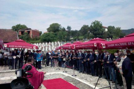 """""""NE SMIJEMO ZABORAVLJATI"""" Služen parastos stradalim Srbima iz Podrinja"""
