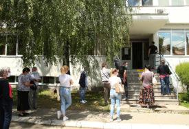 DVA PACIJENTA ZARAŽENA KORONA VIRUSOM U Milićima pod zdravstvenim nadzorom 27 osoba