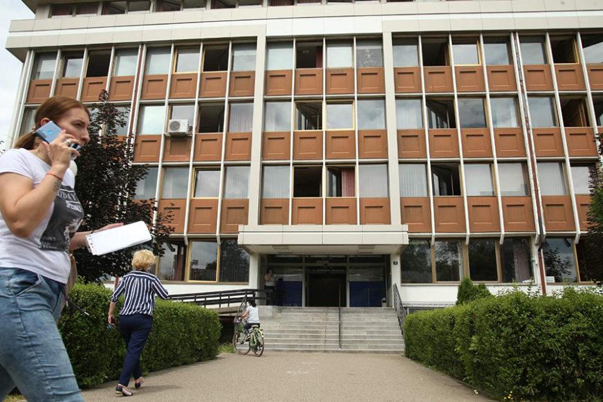 """SIPA U FONDU ZDRAVSTVA SRPSKE Istražioci """"češljaju"""" UVOZ RESPIRATORA vrijedan milione"""