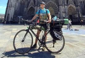PUTOVAO 48 DANA DO KUĆE Grk biciklom prešao preko cijele Evrope (FOTO)