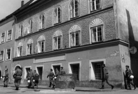 SPOMENIK KULTURE ILI RUŠENJE Šta učiniti sa rodnom kućom nacističkog vođe Adolfa Hitlera?
