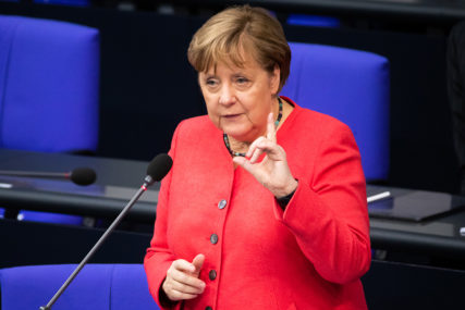 """MERKELOVA PORUČUJE """"Evropa se suočava sa najtežom situacijom u istoriji"""""""