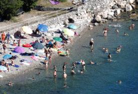 ZA SVE KRIVI NOĆNI KLUBOVI Više od polovine novozaraženih u Hrvatskoj u županijama uz more