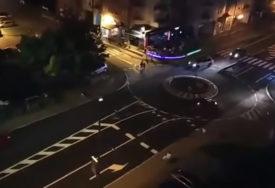NEZNANJE I/ILI BAHATOST Kretanje vozača u jednom od kružnih tokova u Banjaluci (VIDEO)