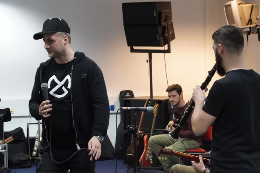 """""""LJUDI, NOSITE MASKE"""" Gitarista Leksinton benda objasnio kako su se borili sa koronom"""
