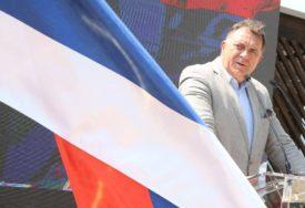 """DODIK ODGOVORIO ŠAROVIĆU """"SDS se davno odrekao odgovorne politike, prihvatajući zahtjeve koje im isporučuje SDA"""""""