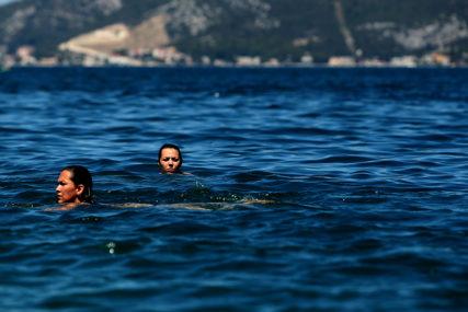KORONA MIJENJA NAČIN LJETOVANJA Za OVE zemlje pravila su poznata, a evo i dokle se stiglo sa uslovima za ulazak u Grčku