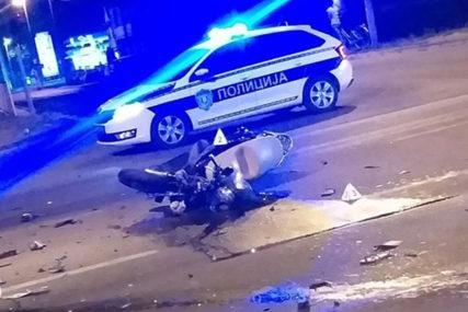 UDARIO U BANDERU Dječak (15) poginuo na motociklu, drugi tinejdžer povrijeđen