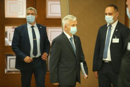 Čubrilović pozvao na hitne konsultacije: Sastanak političkih lidera Srpske u ponedjeljak