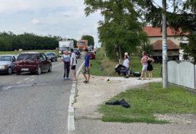 MLADIĆ IZ ŠAMCA TEŠKO POVRIJEĐEN Jeziv prizor sa mjesta nesreće kod Bijeljine (FOTO)