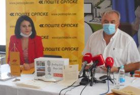"POKLON PRVOJ DAMI AMERIKE ""Bema"" poslala Melaniji Tramp UNIKATNE PAPUČE (FOTO)"