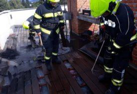 POŽAR U BANJALUČKOM HOTELU Vatru gasilo šest vatrogasaca (FOTO)