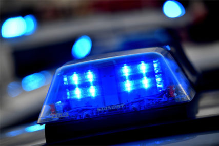 SAOBRAĆAJKA U BIJELJINI U sudaru automobila i motora povrijeđena jedna osoba