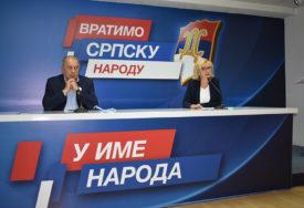 """MEKTIĆ I PEKIĆEVA O SASTANKU LIDERA """"Dodik interese Srba dao za fotelje"""""""