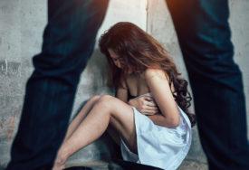 HOROR U MAKARSKOJ Monstrum silovao i tukao ženu pred decom