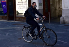 ZARAZA SE JOŠ NE PREDAJE U Sloveniji 18 novozaraženih, jedna osoba preminula