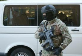 PLANIRALI OTMICU Specijalci MUP RS uhapsili dvije žene i muškarca iz Bijeljine