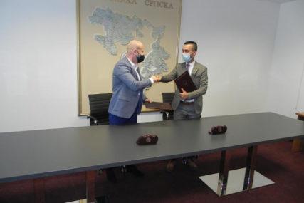 ZNAČAJNA PODRŠKA Potpisan sporazum o većoj pomoći srpskim povratnicima u FBiH