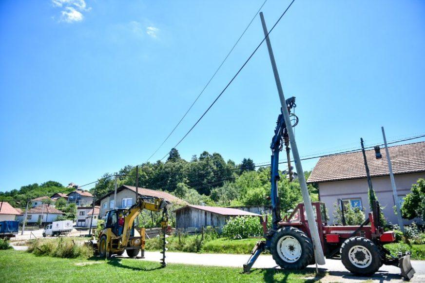 RADOVI NA MREŽI Bez struje više sati ostaju stanovnici 18 naselja