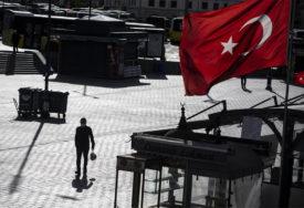 """PRIPREMALI NAPAD Uhapšeno 27 osoba povezanih sa """"Islamskom državom"""""""