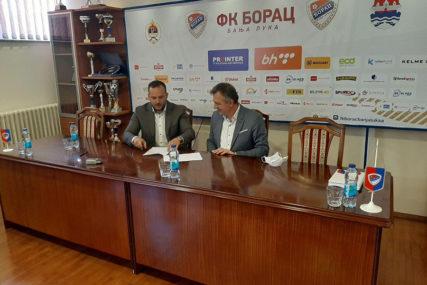 SARADNJA GRADSKE UPRAVE I BORCA Potpisan ugovor o rekonstrukciji reflektora