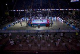 NAJBRŽI NOKAUT Estrada postavila rekord u boksu (VIDEO)