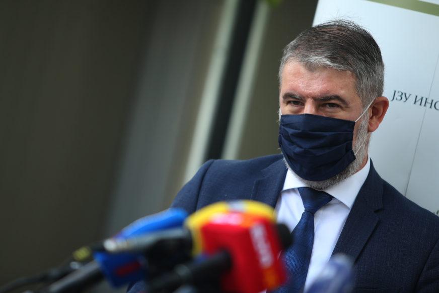 """MINISTAR ŠERANIĆ SA DIREKTORIMA BOLNICA  """"Ima dovoljno zaštitne opreme, nabavljamo i brze testove"""""""