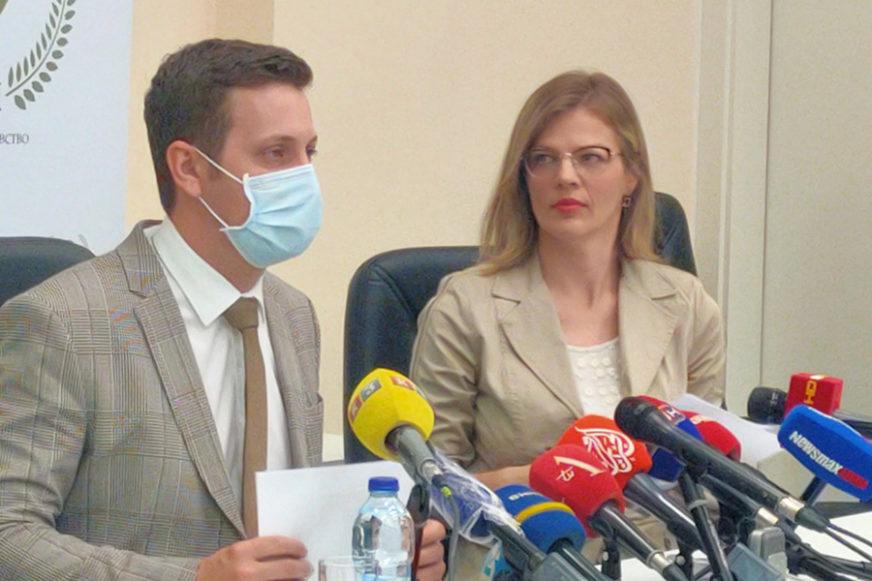 UČENICI PONOVO U KLUPAMA Zeljković: Odlaska u školu će biti, način još nije definisan