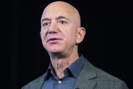 OSTAO IMUN NA KRIZU Bogatstvo Džefa Bezosa se popelo na skoro 200 milijardi dolara