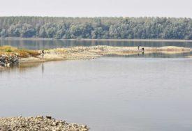 CRNI DAN NA KUPALIŠTIMA U Dunavu se utopio muškarac (37)