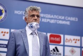 BEZ DODATNIH OVLAŠTENJA Begić izabran za POČASNOG PREDSJEDNIKA Fudbalskog saveza BiH