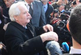 FIKRET ABDIĆ NA SLOBODI Pušten iz zatvora kako bi mogao učestvovati u predizbornoj kampanji